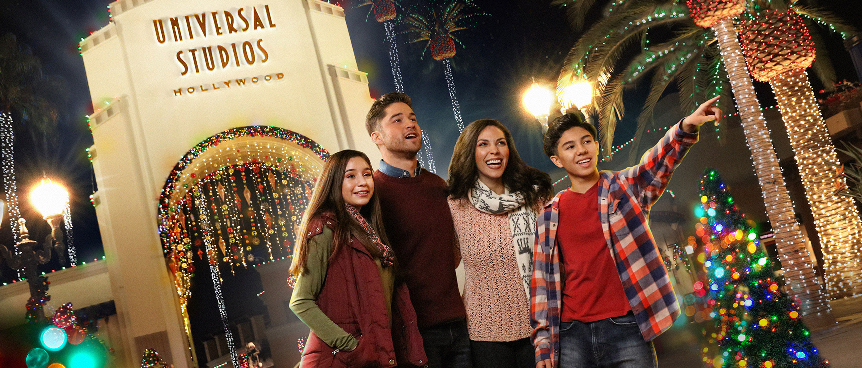 Universal Studios Christmas.All New Holiday Experiences Set For Universal Studios