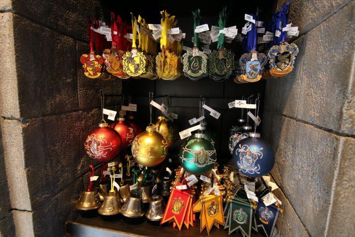 Harry Potter Christmas Ornaments Universal Studios.Photo Update November 16 2018 Universal Studios